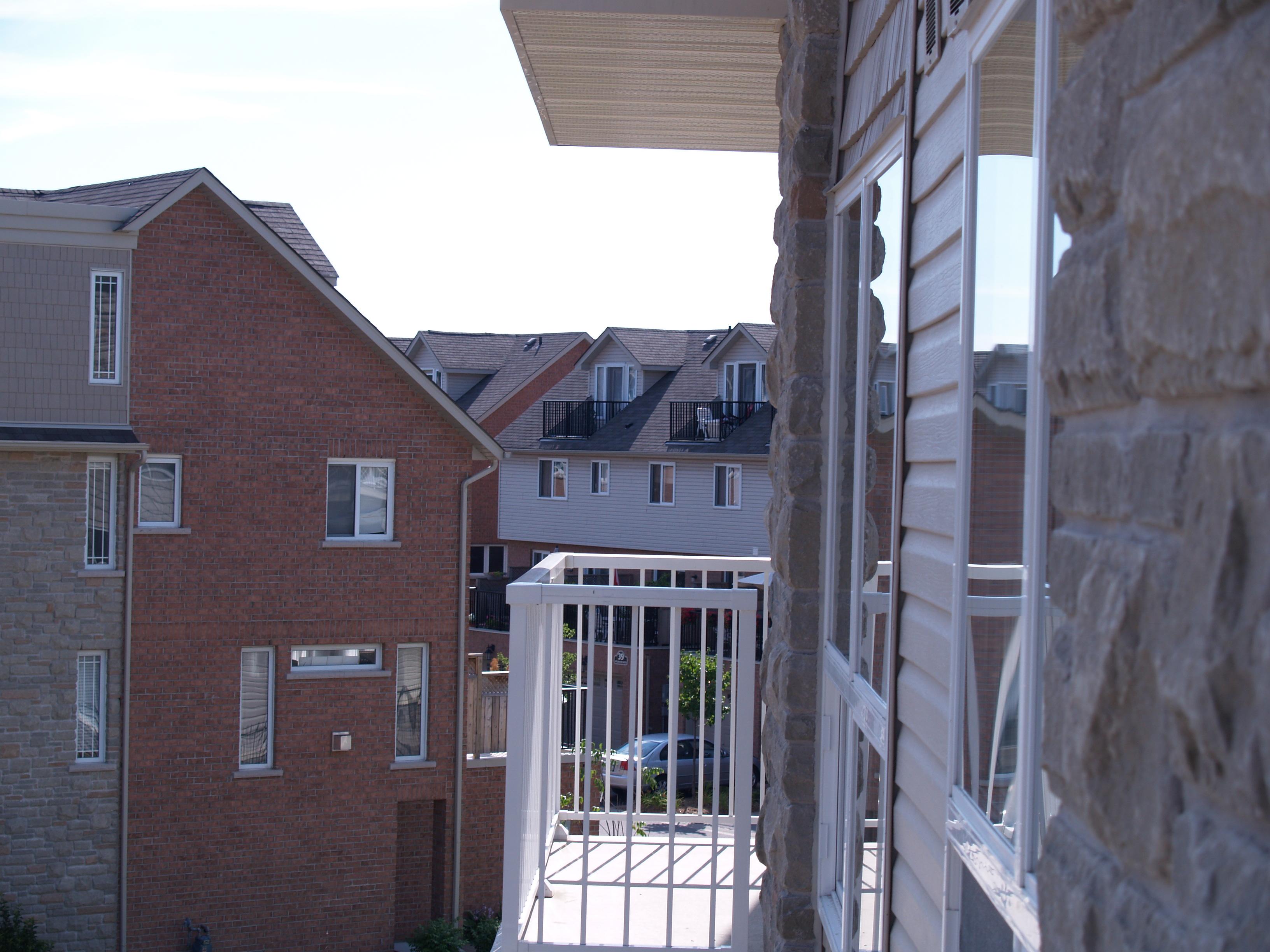 Residential_Houses_Neighbourhood_4.jpg
