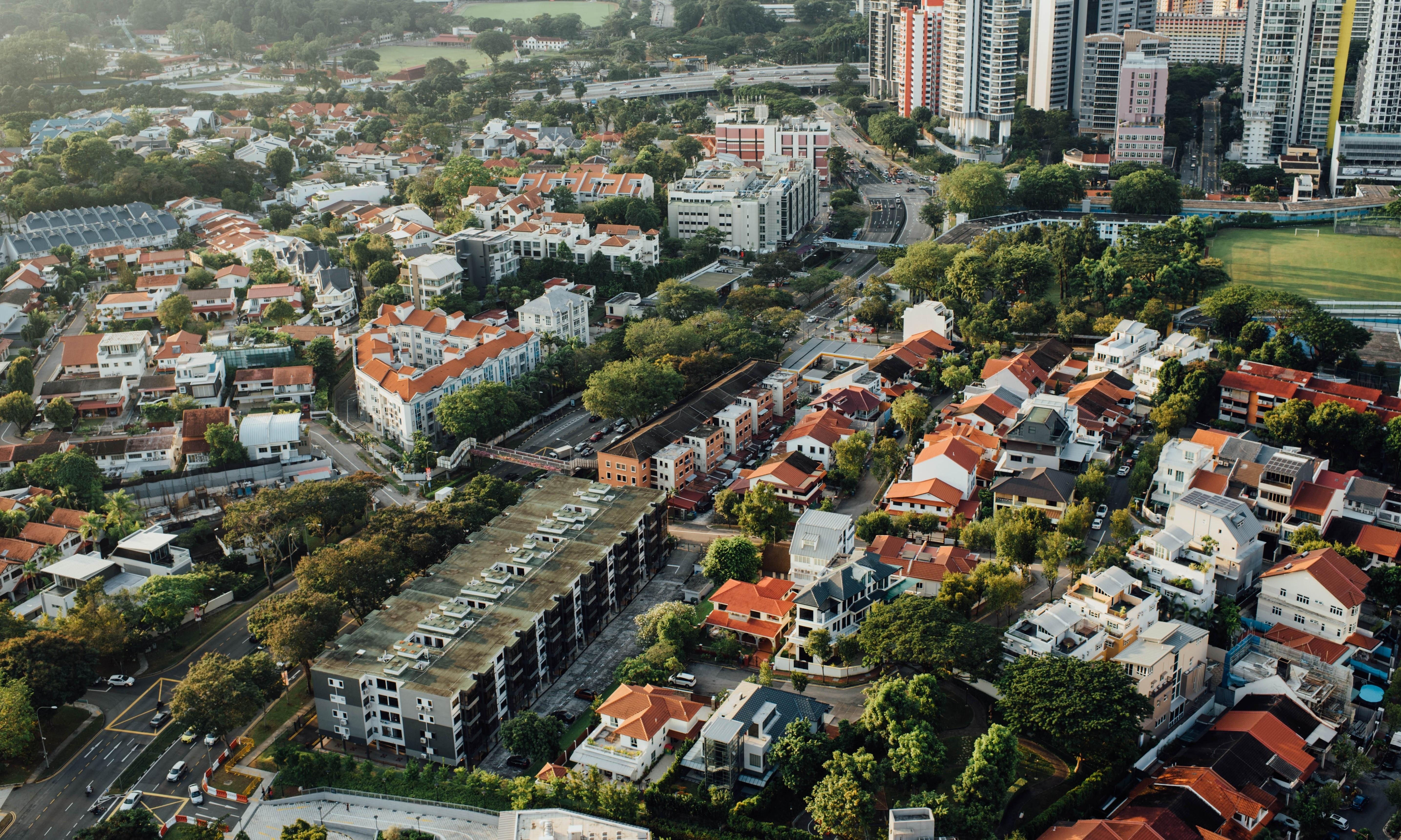 Neighbourhoods-016129-edited