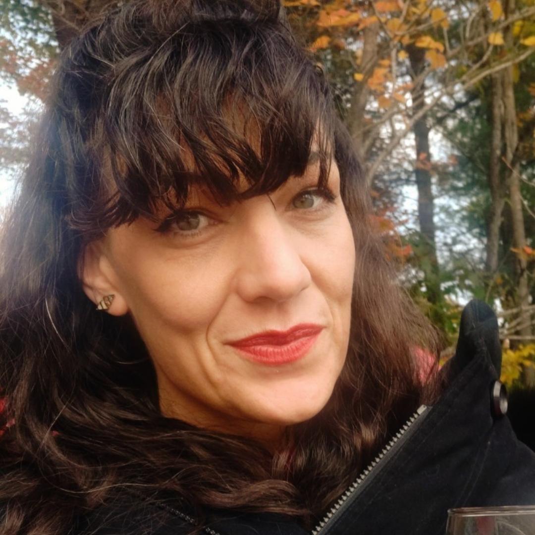 Melanie Kapogines